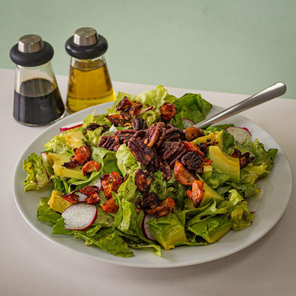 Salatessig als Unkrautvernichter  für den Garten